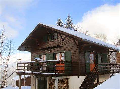 catered ski chalets samoens self catered chalet le penoutlay samo 235 ns j2ski