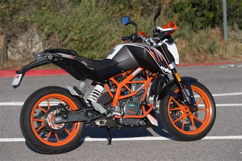 Review Ktm Duke 390 by 2016 Ktm 390 Duke Review Mayor Of Motorcycling