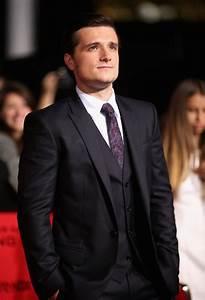 Josh Hutcherson Photos Photos - 'The Hunger Games ...