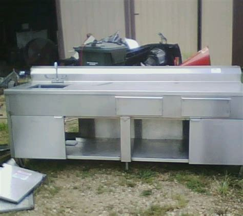 stainless fish cleaning table with sink fish cleaning table