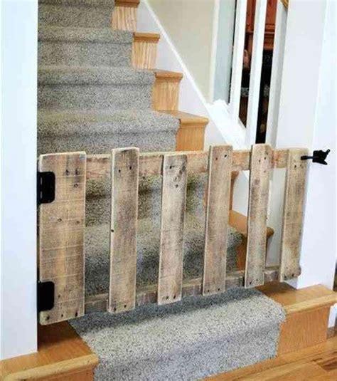 barriere securite escalier retractable les 25 meilleures id 233 es de la cat 233 gorie barri 232 res d escaliers pour b 233 b 233 sur barri 232 re