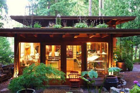 rooftop garden modern tiny house tiny house design  cabin