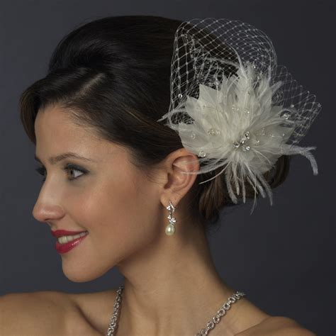 Birdcage Veils & Fascinators - A Beautiful Bride