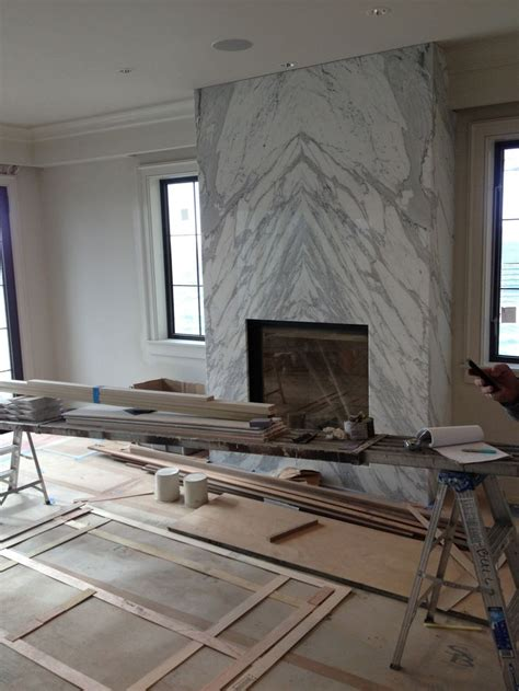 le marble camini best 25 marble fireplaces ideas on marble