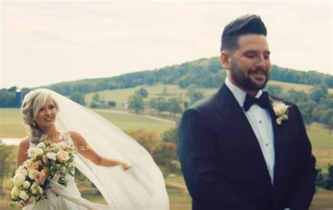 "Dan + Shay's ""speechless"" Is The Perfect Wedding Song"