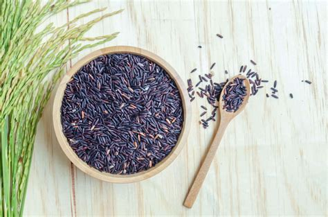black rice  nutritious  brown rice nutrition