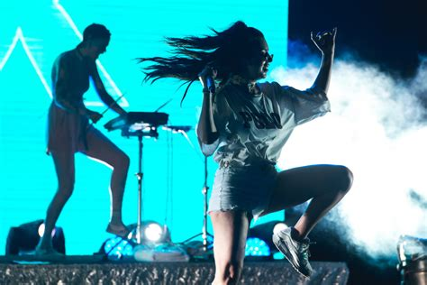 charli xcx speaks   stage style dating