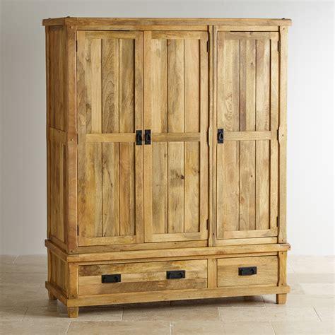 Wooden Wardrobe by Wardrobe Designs What Design You Like Resolve40