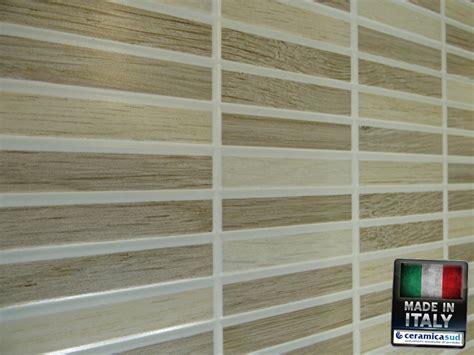 piastrelle rivestimenti piastrelle da rivestimento cucina effetto mosaico di legno