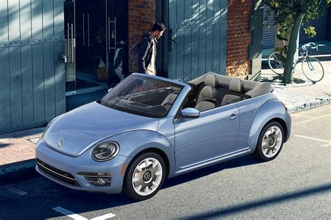 volkswagen beetle final edition vw finally squashes