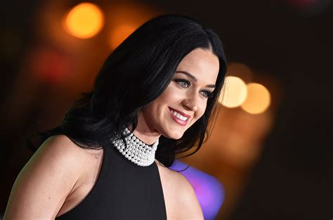 Katy Perry Unleashes New Song €�chained To The Rhythm