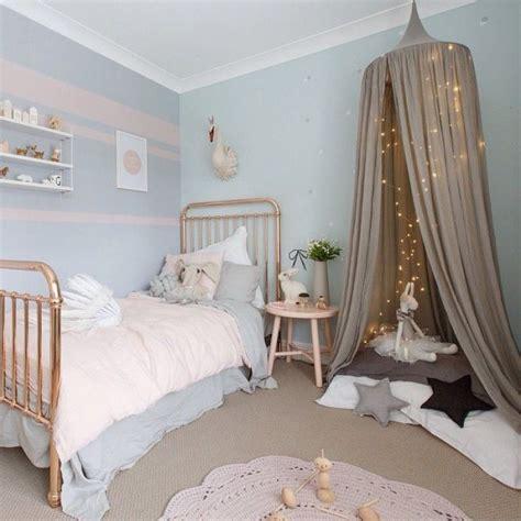 idee couleur chambre fille chambre bebe fille bleu pastel décoration