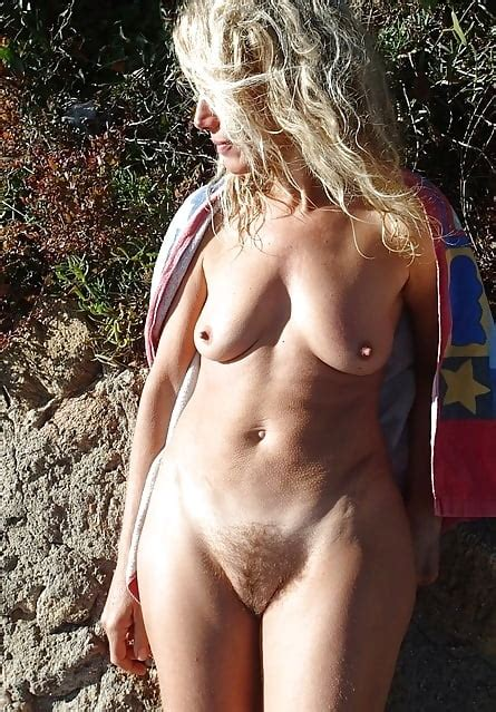 Busty Curvy Mature Milfs Naked In The Garden 2 55 Pics