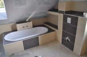 badewanne eingemauert modern badewanne einmauern mit ablage gispatcher