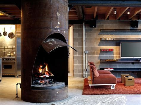 Chicken Point Cabin is a Truly Industrial themed Loft for