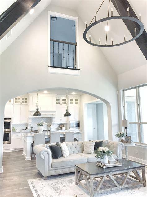 Pin Mytexashouse Ein Lebendiges, Modernes Interieur Design