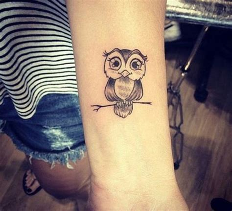 bedeutung eulen tattoos eule designs bedeutung realisticowl mandala geometricowl watercolorowl sketch