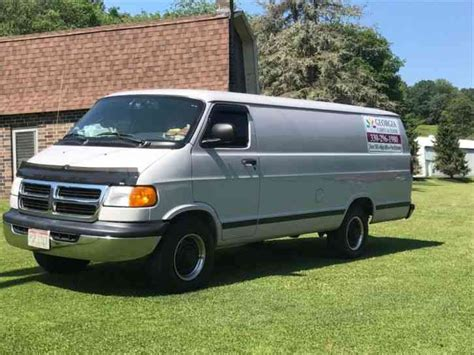 Dodge Cargo by Dodge 1 Ton Extended Cargo 2000 Box Trucks