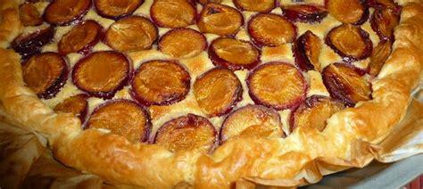 tarte aux prunes pate feuilletee tarte aux prunes et brisures caram 233 lis 233 es quot mes brouillons de cuisine