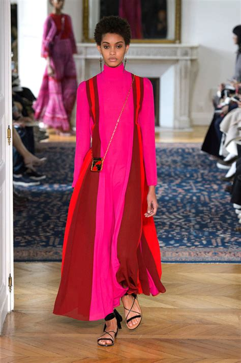 costume designers guild meryl streep introduces the concept of quot casual couture quot at