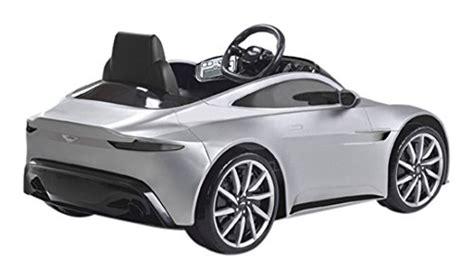 voiture pour 3 si鑒es auto une voiture électrique pour enfant à noël amazon casse les prix le mag sport