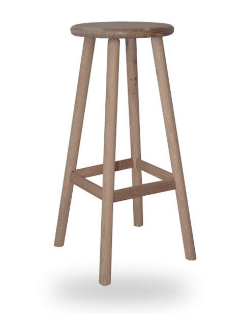assise de tabouret de cuisine le tabouret en bois traditionnel ou design fabriqué en tabouret de bar bois hauteur