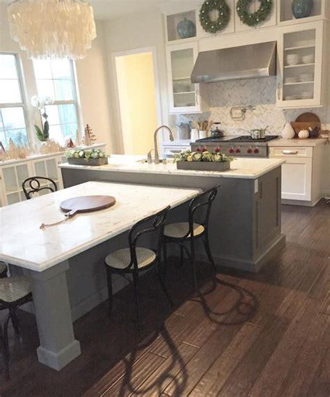 island style kitchen table best 25 kitchen island table ideas on kitchen 4847