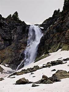 Skakavitsa Wate... Waterfall