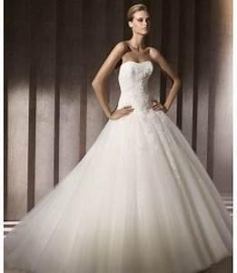 Die Schönsten Hochzeitskleider : sch nsten brautkleider der welt ~ Frokenaadalensverden.com Haus und Dekorationen