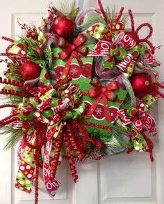 Wreaths Bows & Decorating Ideas on Pinterest