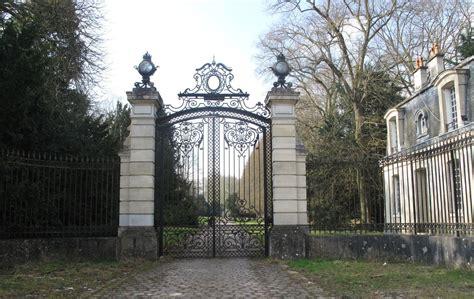 chambre notaires villepreux à vendre château 12 m le parisien