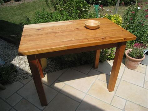 table de cuisine en pin pour fiston n 2 patines couleurs