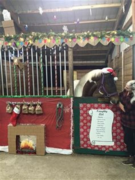 christmas decorating with horses for who horses other than ivan stall decoration ideas
