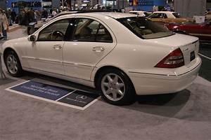 Mercedes Classe C 2005 : 2005 mercedes benz c class news reviews msrp ratings with amazing images ~ Medecine-chirurgie-esthetiques.com Avis de Voitures