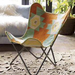 Butterfly Chair Original : cb2 butterfly chair with a navajo inspired pattern click to see a roundup of more navajo ~ Frokenaadalensverden.com Haus und Dekorationen