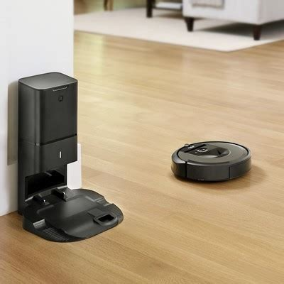 The New Irobot Roomba I7+ Empties Its Own Dust Bin