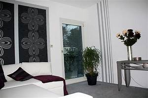 Tapeten Mit Streifen : heimwerker renovieren tapeten selber tapezieren ~ Frokenaadalensverden.com Haus und Dekorationen