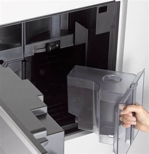 miele cva6805 obsw 24 quot plumbed coffee system pureline m touch controls black