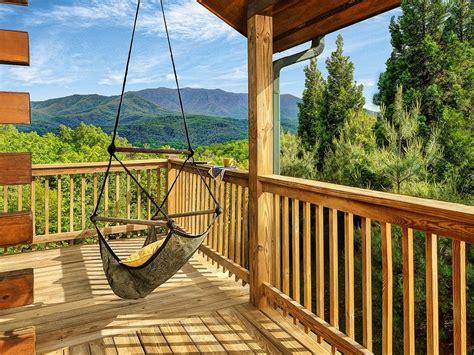 gatlinburg cabins for 9 cozy gatlinburg cabins for rent for your mountain