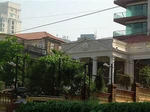 Outside view of Shahrukh Khan's home, Mannat   Wonderful ...