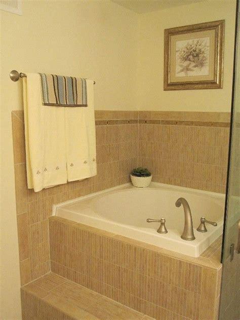 Soaking Tub Small Bathroom by Japanese Soaking Tubs For Small Bathrooms Japanese