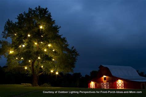 outdoor christmas light ideas    season sparkle