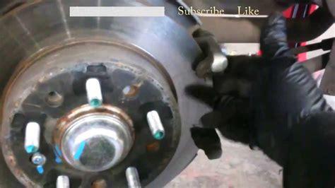 service manual   remove  brakes