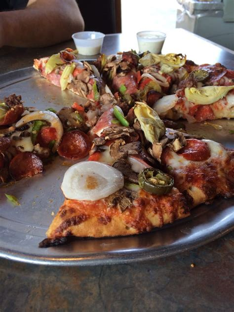 michael le visalia ca mountain mike s pizza 14 bilder 26 anmeldelser pizza