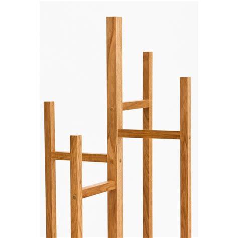 pied pour canapé porte manteaux en bois design par drawer fr