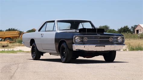 1 000 muscle cars headed to the block at dallas auction