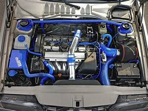 850 Engine Compartment With Some Beautiful Blue Touches