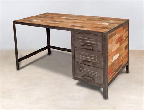 bureau metal et bois bureau 140cm en bois recyclés 3 tiroirs métal industryal