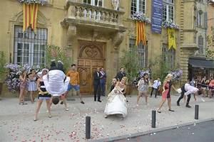Seat Salon De Provence : soprano a tourn son clip millionnaire salon de provence salon de provence frequence ~ Gottalentnigeria.com Avis de Voitures