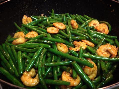 dau  xao tom stir fried green beans  shrimp